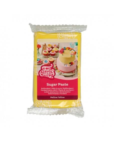 Masa cukrowa Fun Cakes ŁAGODNY ŻÓŁTY 250 g Mellow Yellow